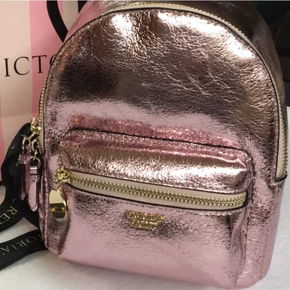 89f842ce39 ... RARE V.S. ROSE GOLD MINI BACKPACK WWALLET💕NWT finest selection 6107a  7dbec ...